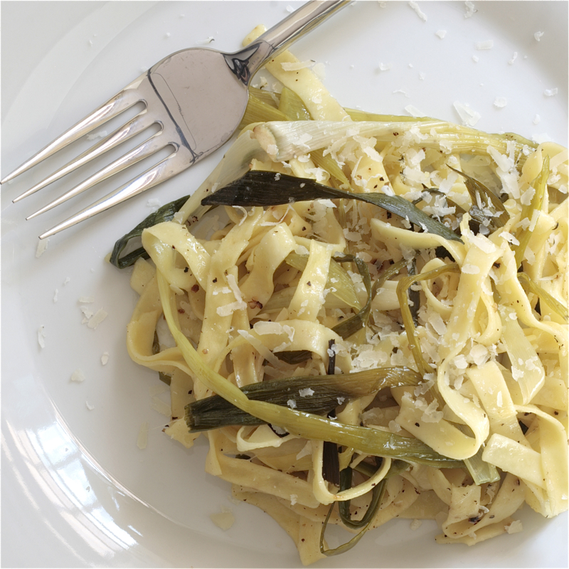 Spaghetti With Green Garlic Recipes — Dishmaps